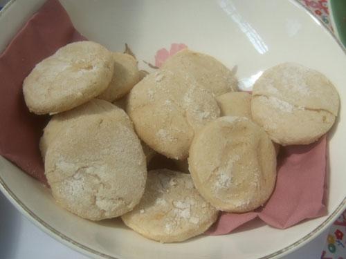 Great Great Grandma Rouch's Brown Sugar Cookies (image by Peter Engler)