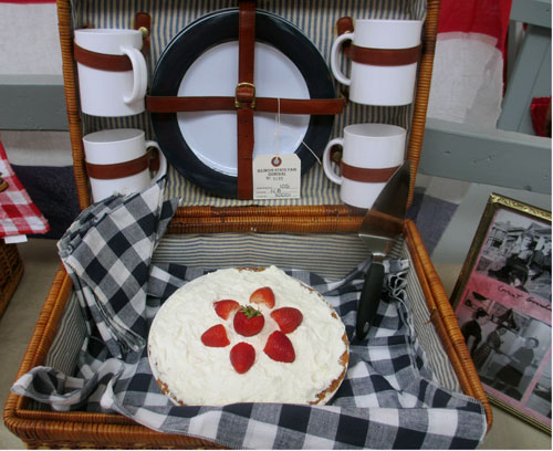 strawberry pie picnic basket illinois state fair greater midwest foodways alliance